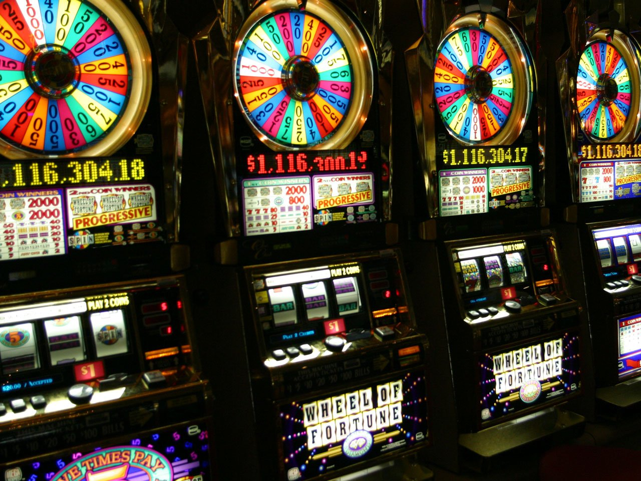 casino slot machines names